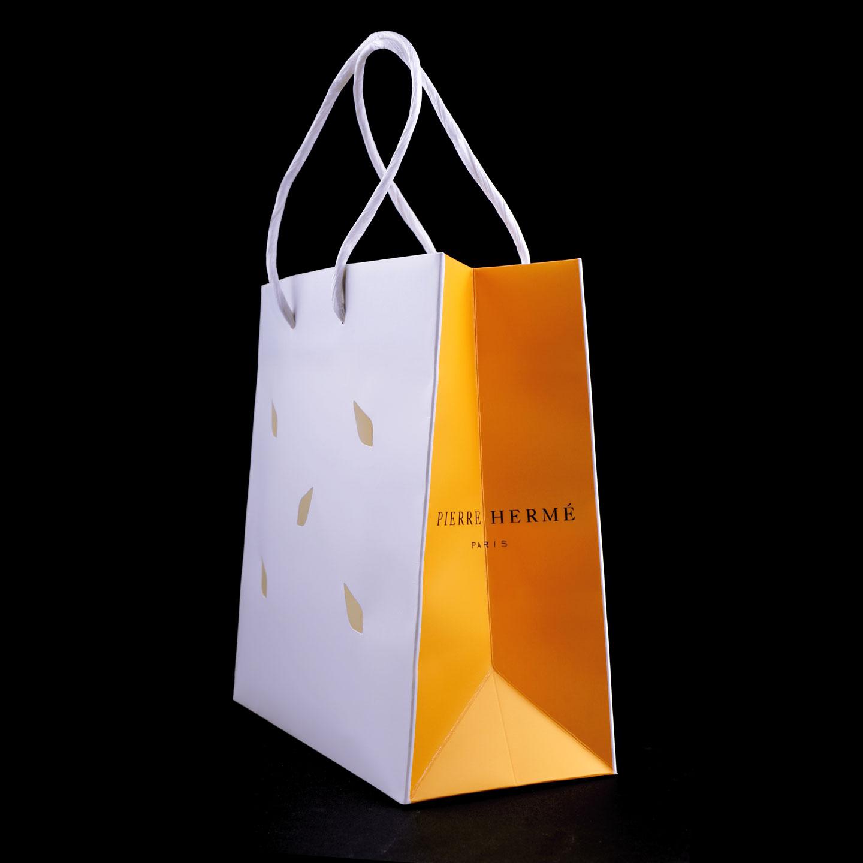 French Photographer Paris France Studio Packshot Photography Pierre Hermé Gift Bag