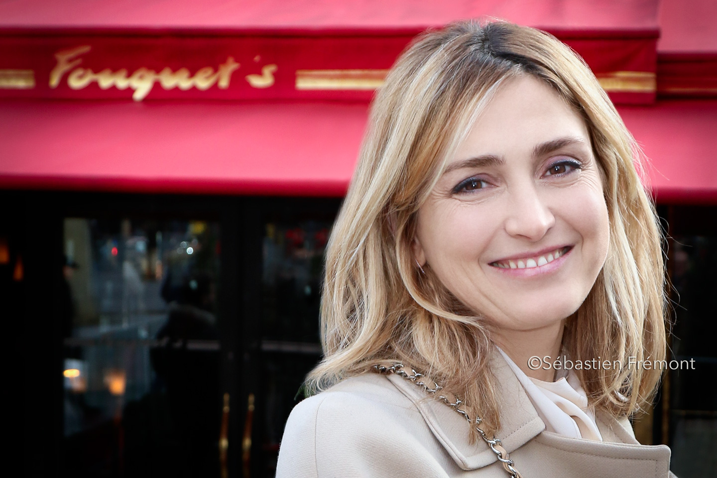 French Photographer Portrait Photography Julie Gayet / Fouquet's