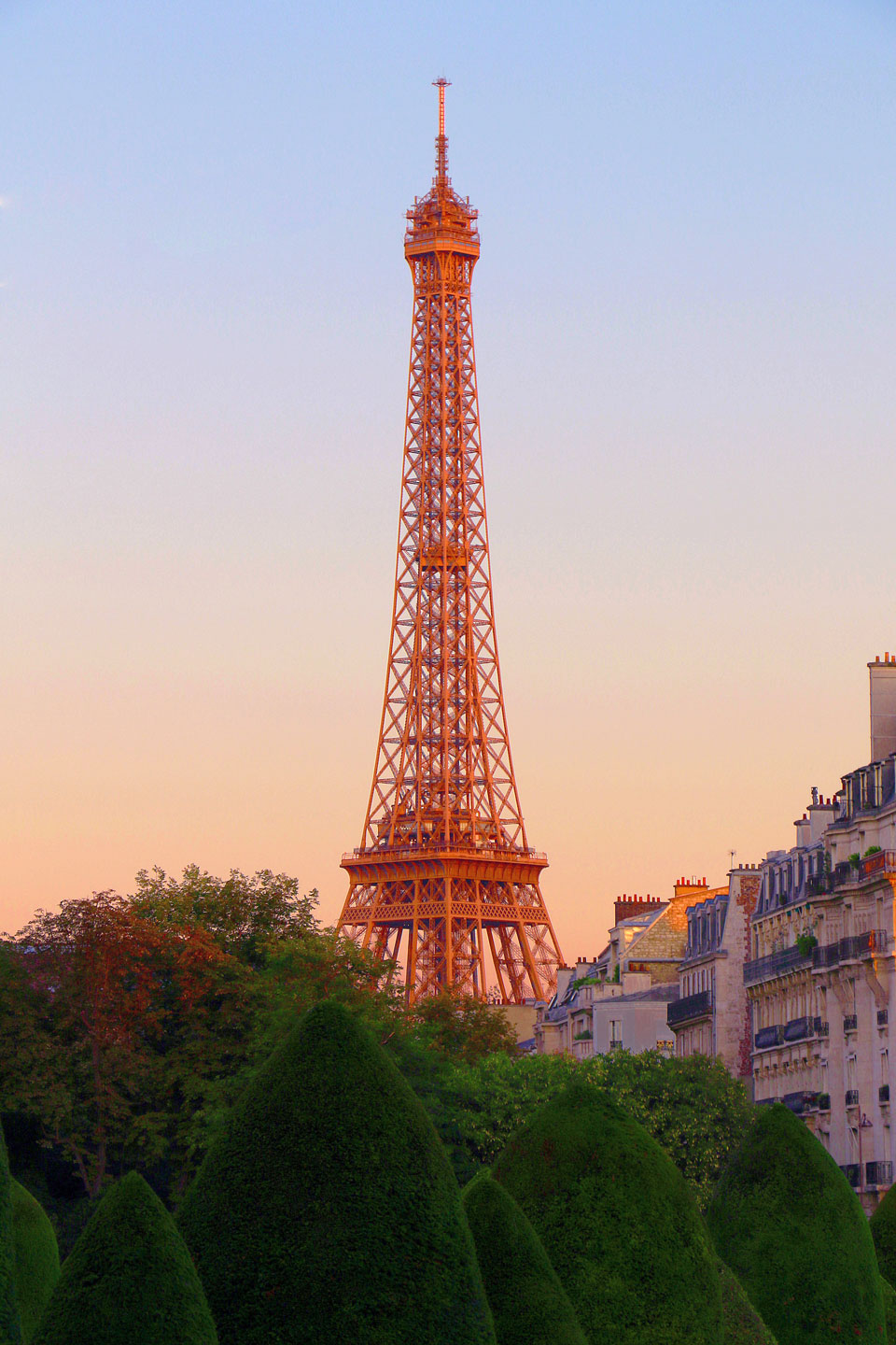 French Photographer Paris France Landscape Photography The eiffel tower at dawn
