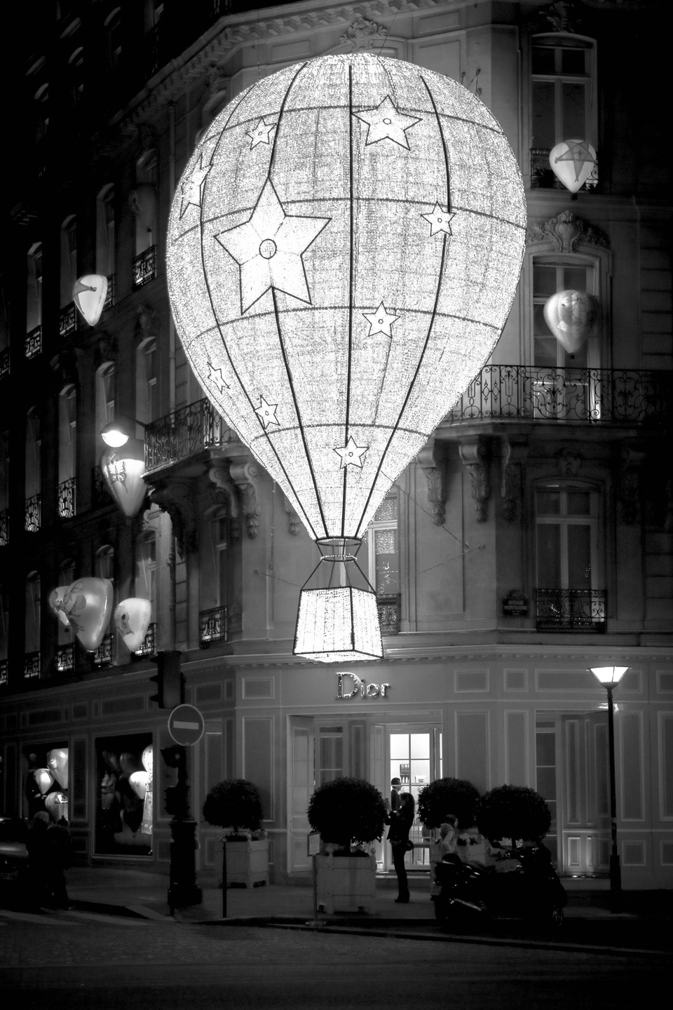 French Photographer Street Photography Christian Dior Balloon