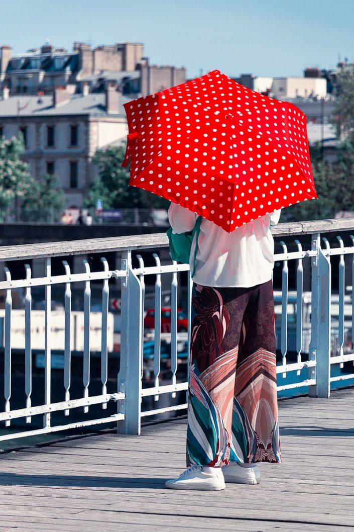 French Photographer Street Photography Passerelle Debilly / Umbrella