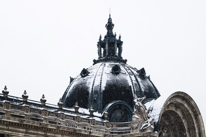 French Photographer Street Photography Snowy Petit Palais